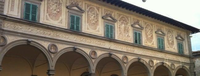 Biblioteca Forteguerriana is one of Pistoia.