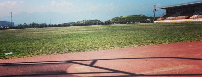Kocaeli Atletizm Pisti is one of Tempat yang Disukai Derya.