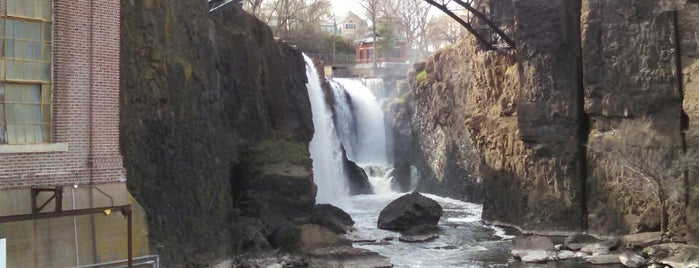 Paterson Great Falls National Historical Park is one of National Recreation Areas.