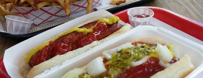 Scooter's World Famous Dawg House is one of Hot Dogs.