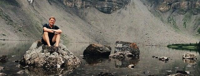 Bourgeau Lake is one of Barry'ın Beğendiği Mekanlar.