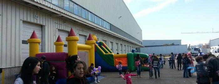 Warehouse Sony is one of Orte, die JuCaVe gefallen.