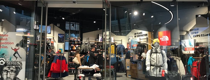 The North Face Store is one of Lugares guardados de Urban Tommy.