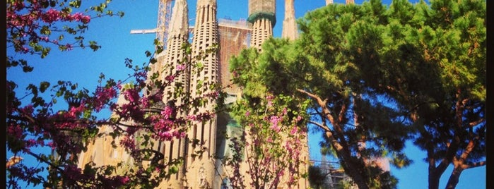 Praça da Sagrada Família is one of BARCA!.