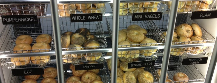 Mr. Bagel is one of Erik'in Beğendiği Mekanlar.