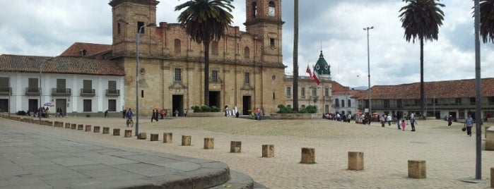 Plaza Zipaquirá is one of Lugares favoritos de Alan.