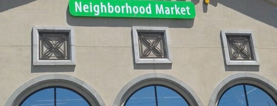 Walmart Neighborhood Market is one of Locais curtidos por Christopher.