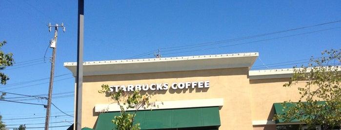 Starbucks is one of Locais curtidos por Abdulrahman.
