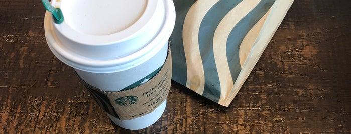 Starbucks is one of Lieux qui ont plu à Barry.