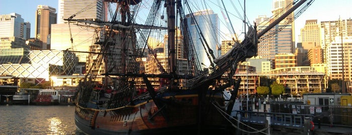 Australian National Maritime Museum is one of Sydney Sightseeing.