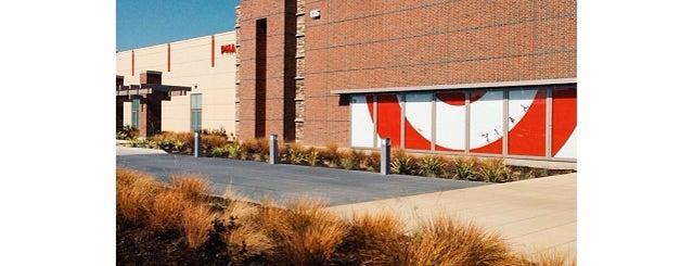 Target is one of Lieux qui ont plu à Alberto J S.