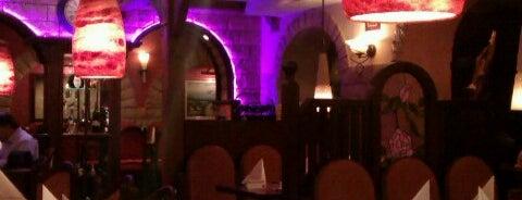 Altstadt Restaurant is one of Düsseldorf.