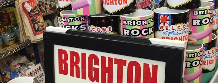 Vintage Magazine Co is one of Brighton.