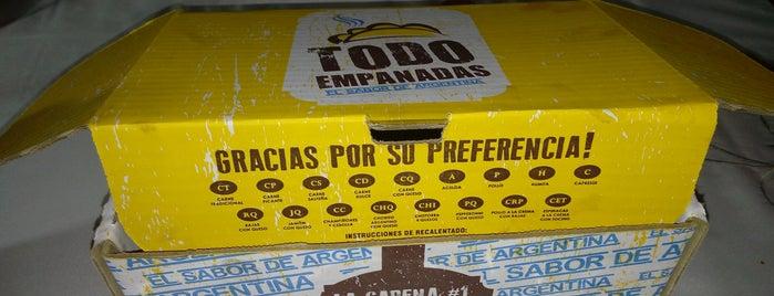 Todo Empanadas is one of สถานที่ที่ Ana ถูกใจ.