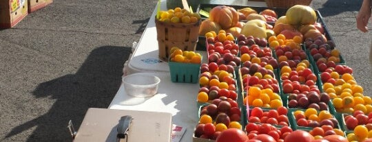 North Tonawanda Farmers Market is one of Buffalo.