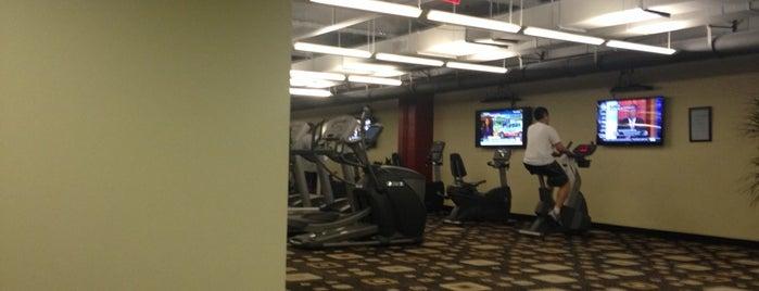 Metro Park Fitness Center is one of Posti che sono piaciuti a Angela.