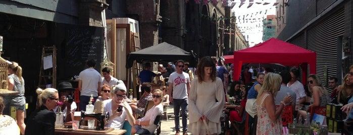 Maltby Street Market is one of London Scrapbook.
