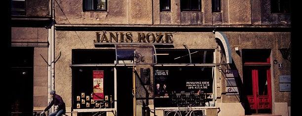 Jāņa Rozes grāmatnīca is one of Lieux qui ont plu à Nihat.