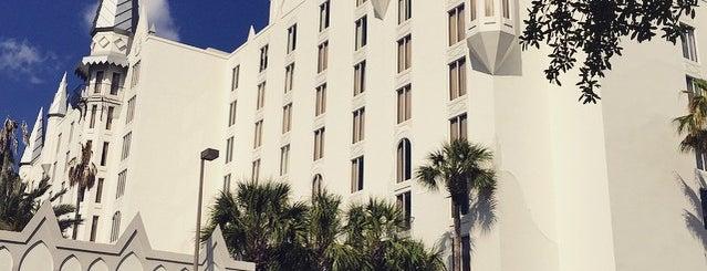 Holiday Inn Resort is one of Star Wars Celebration VI.
