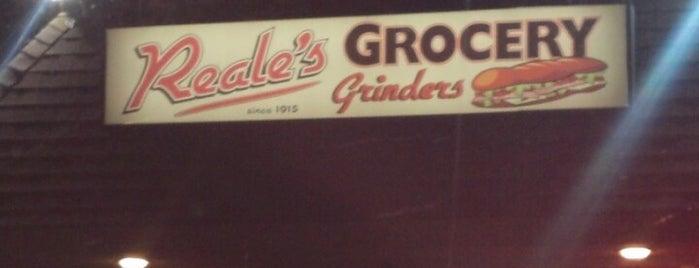 Reale's Grocery is one of Orte, die Jason gefallen.