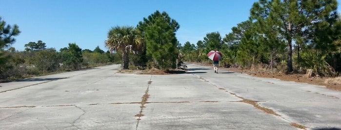 Malabar Park is one of สถานที่ที่ Charley ถูกใจ.