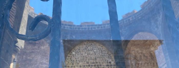 Saint George Kilisesi is one of Mardin.