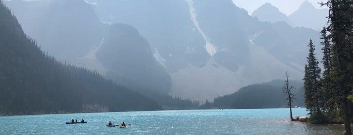 Moraine Lake Lodge is one of Posti che sono piaciuti a Adriane.