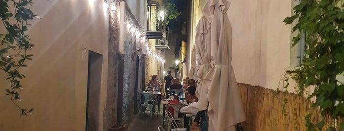 Le Petit Tonneau is one of Sizilien.