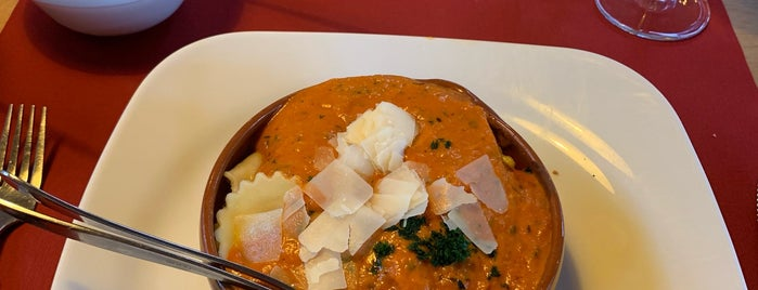 Restaurant Engbergen is one of Dorisさんのお気に入りスポット.