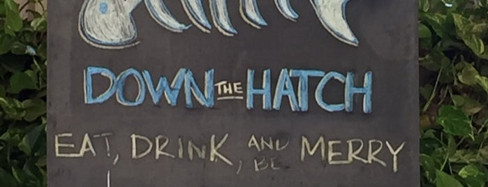 Down the Hatch is one of Orte, die Gustavo gefallen.