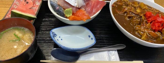 喰い処 弐七 is one of Locais curtidos por Shigeo.