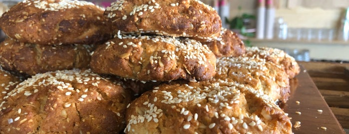 Sunday Sustainable Bakery is one of Locais curtidos por Globetrottergirls.