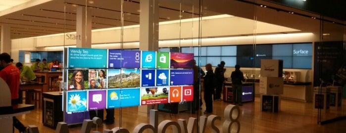 Microsoft Store is one of Toby : понравившиеся места.