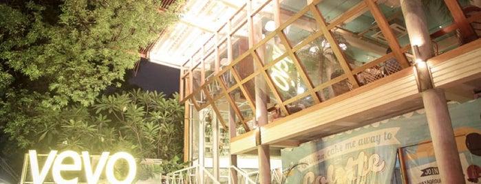 YEYO Lobby & Eatery is one of Djakarta, ID..