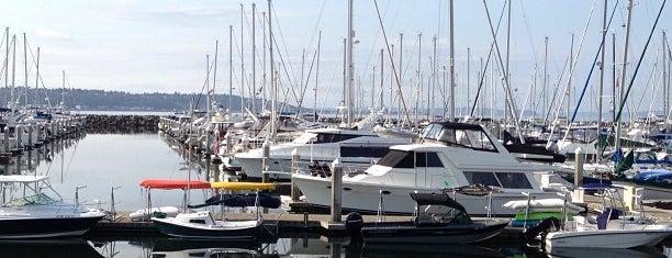 Elliott Bay Marina is one of Grace 님이 좋아한 장소.