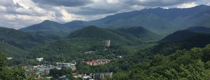 Parc des Great Smoky Mountains is one of National Recreation Areas.