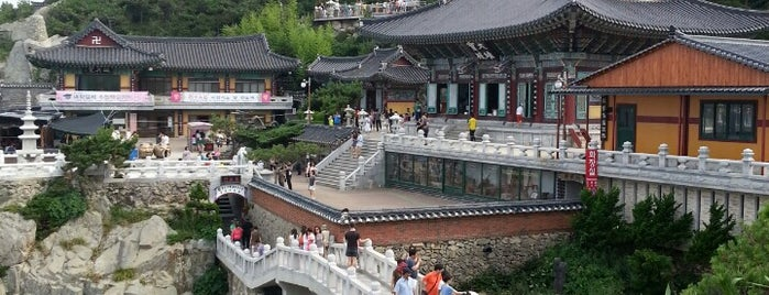 Haedong Yonggungsa Temple is one of Korea Trip 2019.