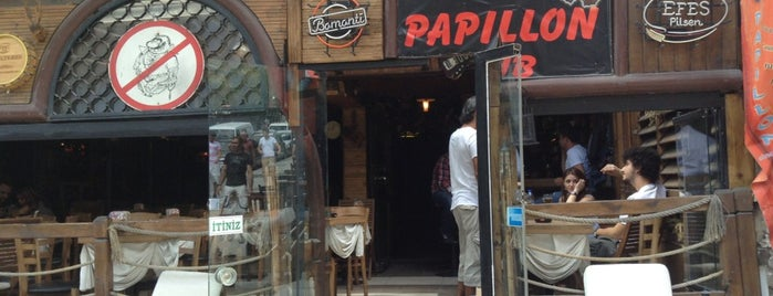 Papillon Pub is one of สถานที่ที่ Serkan ถูกใจ.