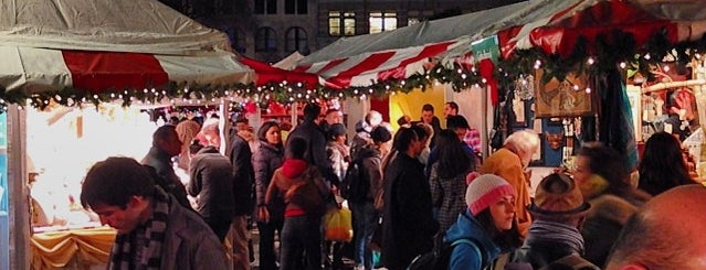 Union Square Holiday Market is one of LUGARES VISITADOS.