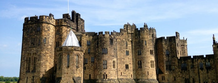 Alnwick Castle is one of Tim 님이 저장한 장소.