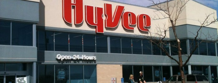 Hy-Vee is one of Diane's Liked Places.