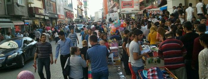 Çakmak Caddesi is one of Orte, die Mahmut gefallen.