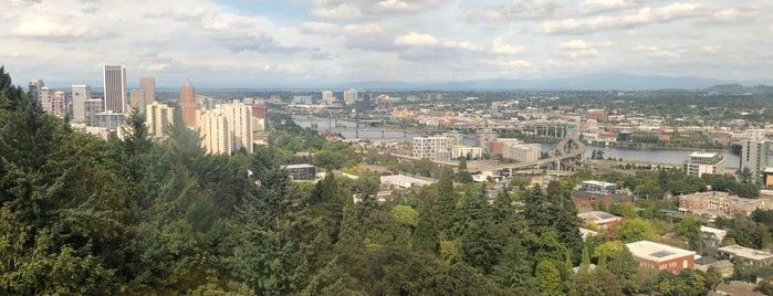 Portland Aerial Tram is one of Locais curtidos por Zachary.