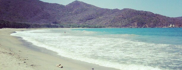 Playa Cristal o Playa del Muerto is one of Karla : понравившиеся места.