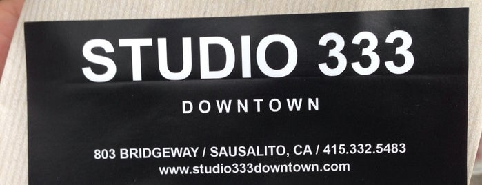 Studio 333 Downtown is one of Lugares favoritos de Jennifer.