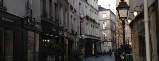Rue des Rosiers is one of Paris.