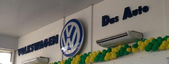 Nacional Veículos (Volkswagen) is one of Locais curtidos por Seymour.