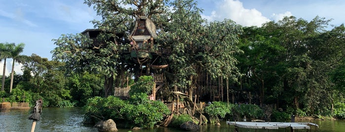 Tarzan's Treehouse is one of Chelsea 님이 좋아한 장소.
