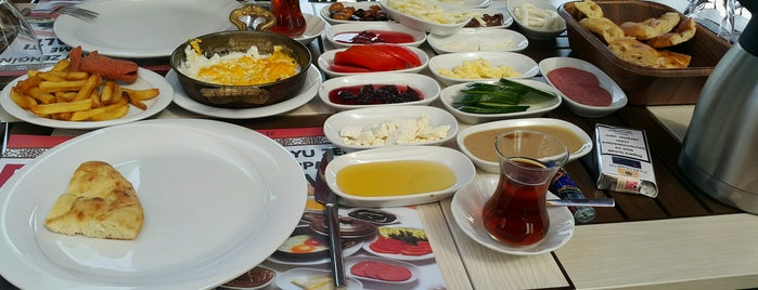 Etmahal is one of Lugares favoritos de Nazlı Tansalıç.