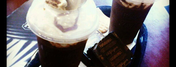 Havanna is one of cafes.